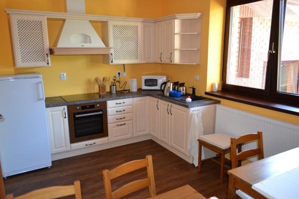 kuchyňka v penzionu vinařský dvorek